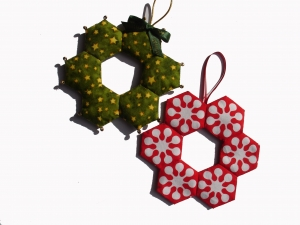 Patchwork mini-wreaths with Niki Chandler at Cambridge Art Makers