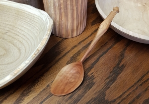Carving a spoon course with Olly Moses at Cambridge Art Makers