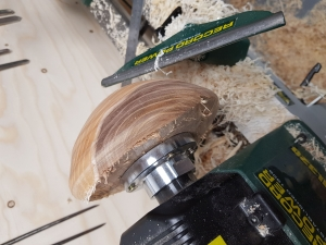 Bowl Turning courses lathe with Olly Moses at Cambridge Art Makers