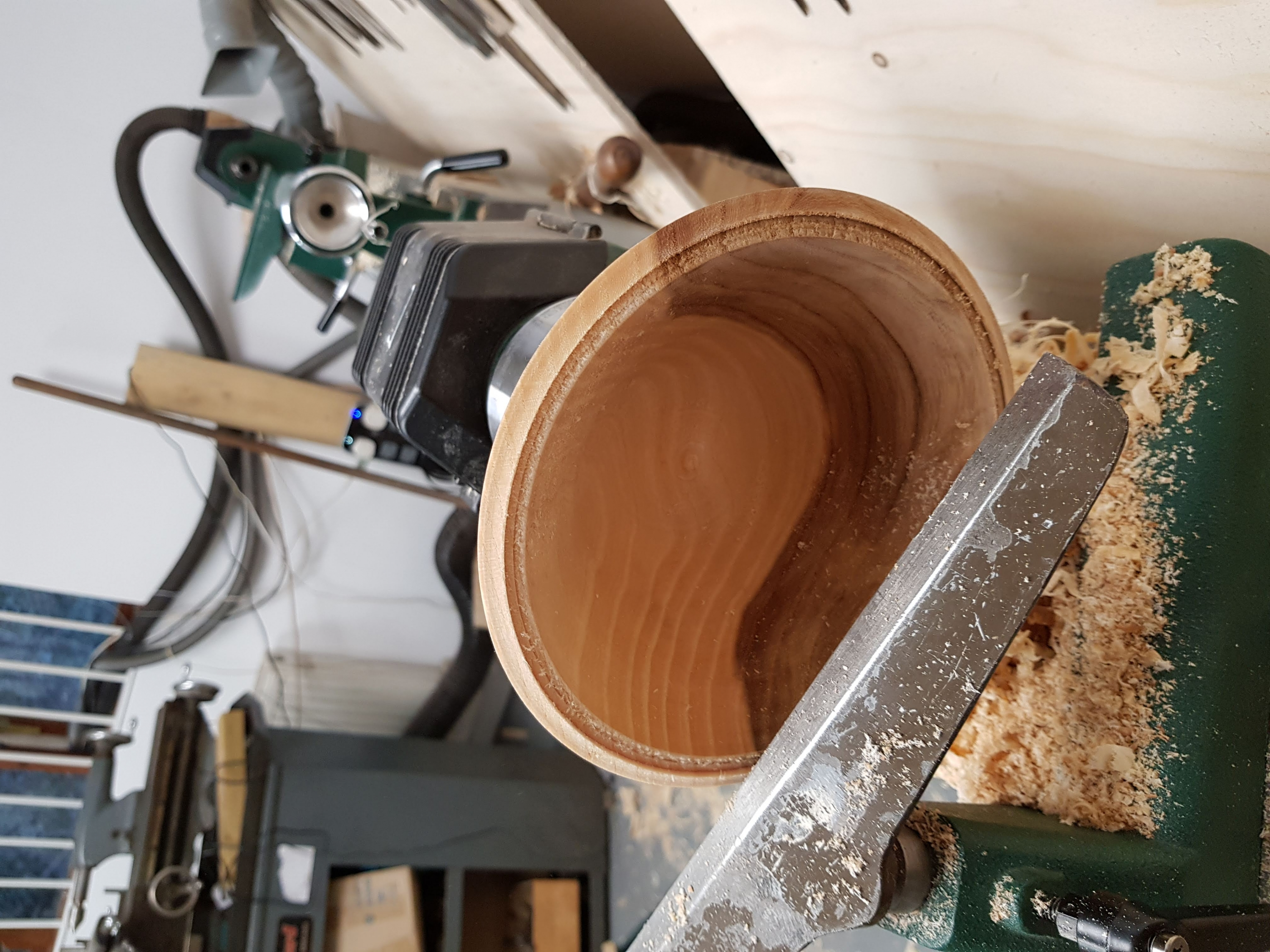 Turning a bowl on a lathe with Olly Moses at Cambridge Art Makers