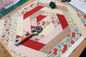 Patchwork & Quilting course with Niki Chandler at Cambridge Art Makers hex cushion
