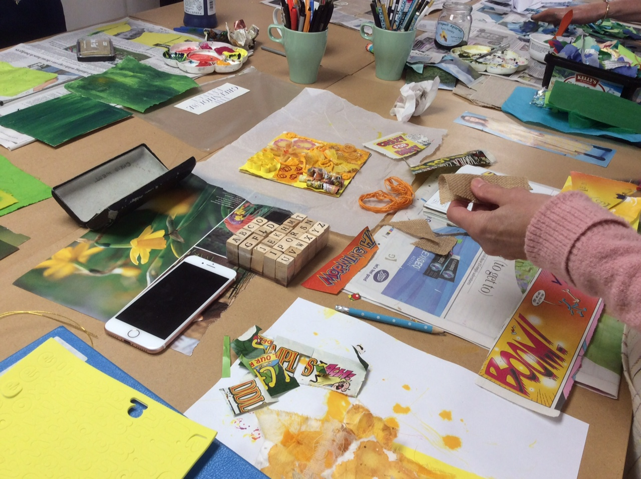 Yellows Textiles & Mixed Media with Gill Collinson at Cambridge Art Makers